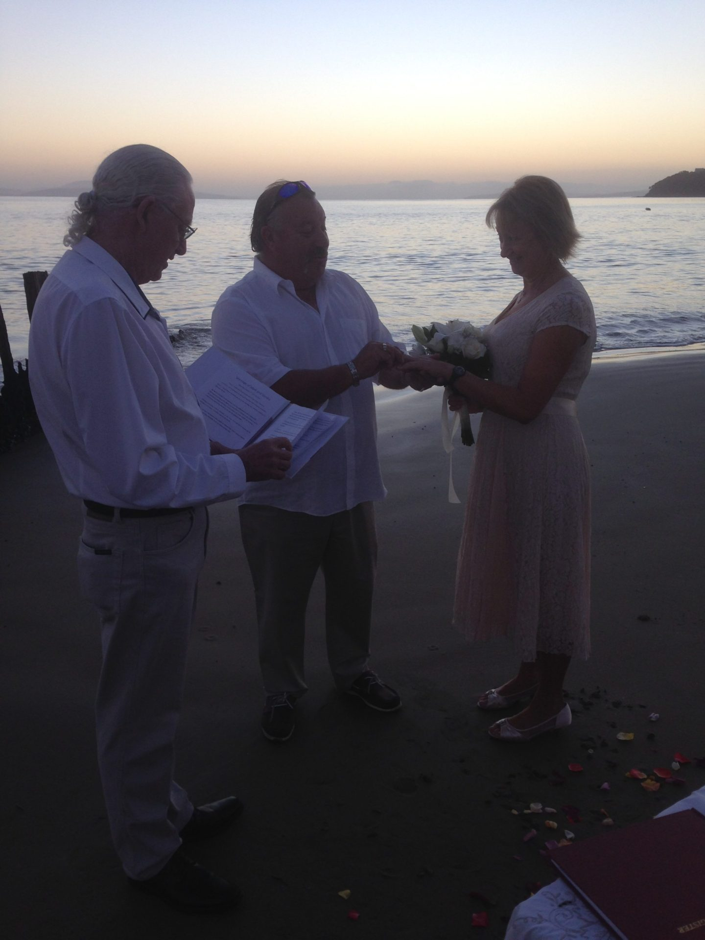 Wedding Pictures By A Marriage Celebrant In Hobart Tasmania
